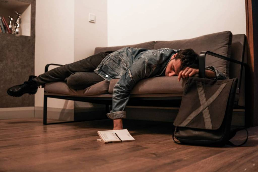 Jet lag - how to deal with it? 1