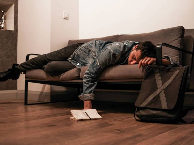 Jet lag – how to deal with it?